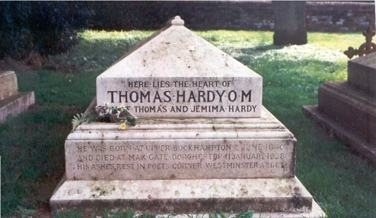 burial_marker_for_the_heart_of_thomas_hardy